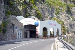 Parcheggio Luna Rossa Amalfi (SA) - Alcuni consigli su come raggiungerci e sulla mobilità