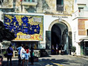Porta della Marina di Amalfi